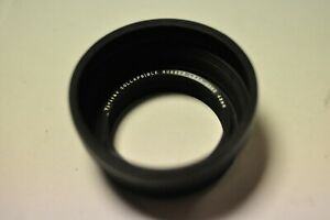 Vivitar 43mm thread rubber lens hood.