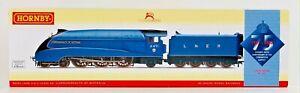 HORNBY 00 GAUGE - R3095 - CLASS A4 COMMONWEALTH OF AUSTRALIA 4491 75TH ANNIV.