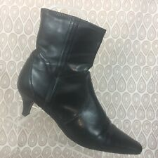 Apostrophe Ankle Boots SZ 10 M Womens Black Faux Leather Zipper Pointed Toe S533