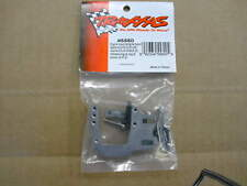 TRAXXAS PARTS #5560 Engine Mount and Spacers/hardware