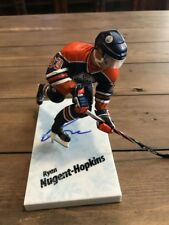 Signed Ryan Nugent-Hopkins Mcfarlane  NHL  Serie Figure Autograph
