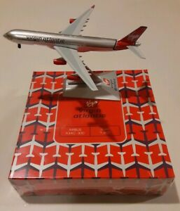 New Sonic Wings G-VFAR Virgin Atlantic Airbus A340-300 with Stand Scale 1:400