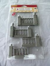 Lemax Village Gray Fence with Pillars Christmas Village!  NEW!  4 FENCE PIECES