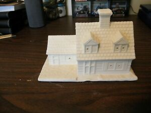 "READY TO PAINT CERAMIC 5"" TALL COTTAGE HOUSE BUILDING  READY TO LIGHT BYRON 1979"