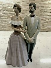 """Vtg Lladro Figurine """"An Evening Out"""" #5540 Retired. Signed & Dated. Gorgeous!"""
