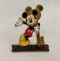WDW - Annual Passholder Exclusive - 2004 Mickey Mouse Disney Pin 27753