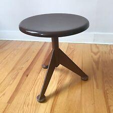 tabouret vintage 1950 en metal design AB Odelberg-Olsen work stool Prouve Knoll