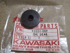 KAWASAKI nos Embrague Varilla De Empuje Sello De Aceite KE100 G5 KC100 G7T KH100 G3 92050-069