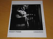 RODDY FRAME (AZTEC CAMERA) - ORIGINAL UK PROMO PRESS PHOTO (B)