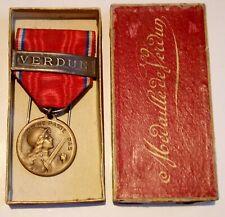 Original WW1 médaille VERDUN avec barette et boite french medal
