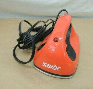 SWIX WAXING IRON FOR SKIS & SNOWBOARDS ELECTRIC  MS-256