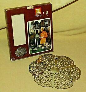 TRIVET IRVINWARE 1971 BOX CHROME PLATED FILIGREE RUBBER FEET 11510 IRVIN WARE.