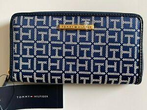 NWT Tommy Hilfiger Navy Blue & White Logo Jacquard Zip Around Wallet MSRP $58.00