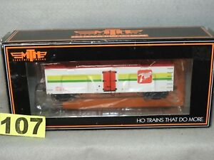 MTH HO SCALE #81-94013 7UP SODA WOODSIDE REEFER CAR NEW READY TO RUN