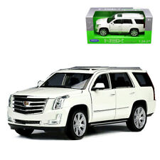 1:24 Welly 2017 Cadillac Escalade Diecast Model SUV Car White
