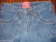 LEVI STRAUSS Signature CAPRI Jeans * UNUSUAL pkts * MED WASH Denim * sz 4 * EUC