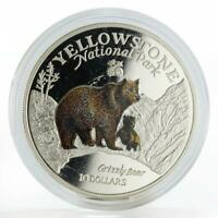 Cook Islands 10 dollars Yellowstone Park Grizzly Bear colored silver coin 1996