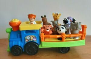 Fisher Price Little People Zoo Train 1 Figure + 8 Animals Toy Music Works