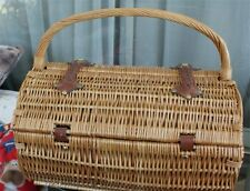 NICE HEAVY DUTY WICKER Picnic Basket for Two  wine glasses NAPKINS ETC