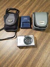 Canon PowerShot Digital ELPH SD800 IS 7.1MP Digital Camera Silver + Memory Card
