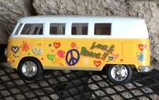 Kinsmart 1962 VW Classical Bus 1:32 Die cast Yellow Bus W/ Decals