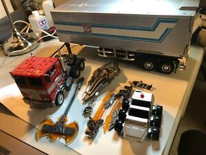 Weijang M01 M-01 Commander Transformers Evasion Optimus Prime with Trailer!