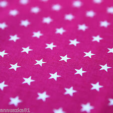Baumwollstoff Baumwolle Sterne Weiß 8mm Groß auf Fuchsia mit Sternen Mädchen