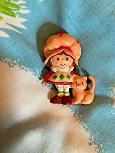 Vintage Strawberry Shortcake  Custard, 1983 mini Miniature Figure