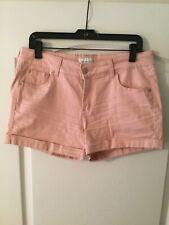 NWOT Juniors Celebrity pink shorts, size 13/31 Pink