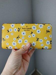Kate Spade Darcy Fleurrt Large Slim Bifold Wallet