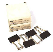 2 NEW EATON 135650108 BRUSH SET 4 PER BOX 22G83
