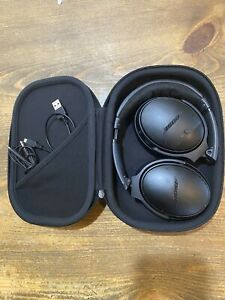 Bose QuietComfort 35 Wireless Noise-Canceling Headphones QC35 -Black