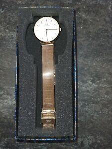 Daniel Wellington Petite 32 Melrose Wrist Watch for Women