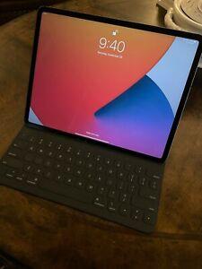 PACKAGE Apple iPad Pro 3rd Gen. 256GB, Cellular (Unlocked), 12.9 in - Space Gray