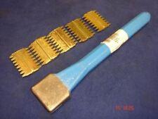 "Footprint Tools Scutch Chisel 38mm 1.5"" Wide & 5 Combs Sheffield UK Blue"