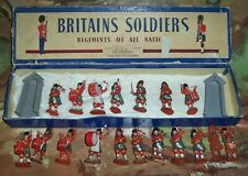 Britains Herald plastic Gordon Highlanders Old Boxed Set 7104 with extra figures
