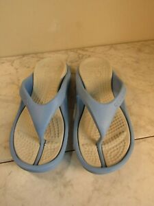 Crocs Athens Blue/Cream Strappy Flip Flop Comfort Sandal Shoes Women's Size 7