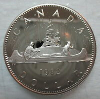 1982 CANADA VOYAGEUR PROOF ONE DOLLAR HEAVY CAMEO COIN