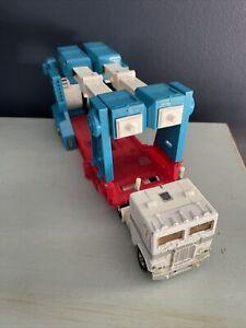 Vintage G1 Transformers Ultra Magnus