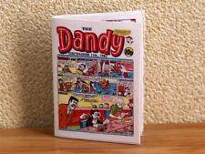 Maison de poupées miniature 1:12th échelle Dandy comic book.