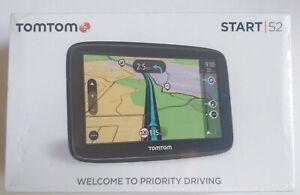 """BRAND NEW SEALED TomTom Start 52 5"""" Sat Nav Full Europe Maps + screen protector"""