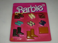 NEW BARBIE FASHION FINISHING TOUCHES SET 2459 MATTEL 1984 SHOES BRIEFCASE BELT >