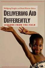 Delivering Aid Differently: Lessons from the Field (Paperback or Softback)