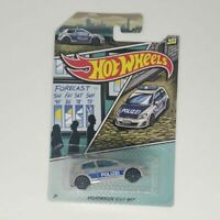 Volkswagen Golf MK7 Hot Wheels 2020 Police 5/5 Mattel Nuevo