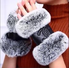 New Chanel Genuine Leather Rabbit Fur CC Logo Fingerless Gloves