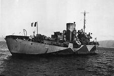 """WW2 - Corvette FNFL """"Mimosa"""" à St-Pierre-et-Miquelon en décembre 1941"""