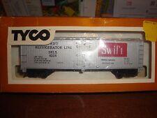 HO TYCO 40' SWIFT REEFER CAR# 329A