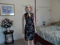 Jones New York Black & Ivory Flower Print Surplice Sheath Dress Size 8