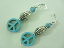 Trendige 24 mm Türkis Howlith Blatt Ohrringe Earrings mit Brisuren rhodiniert