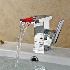 LED Robinet de lavabo cascade de salle de bains et cuisine Mitigeur lave mains